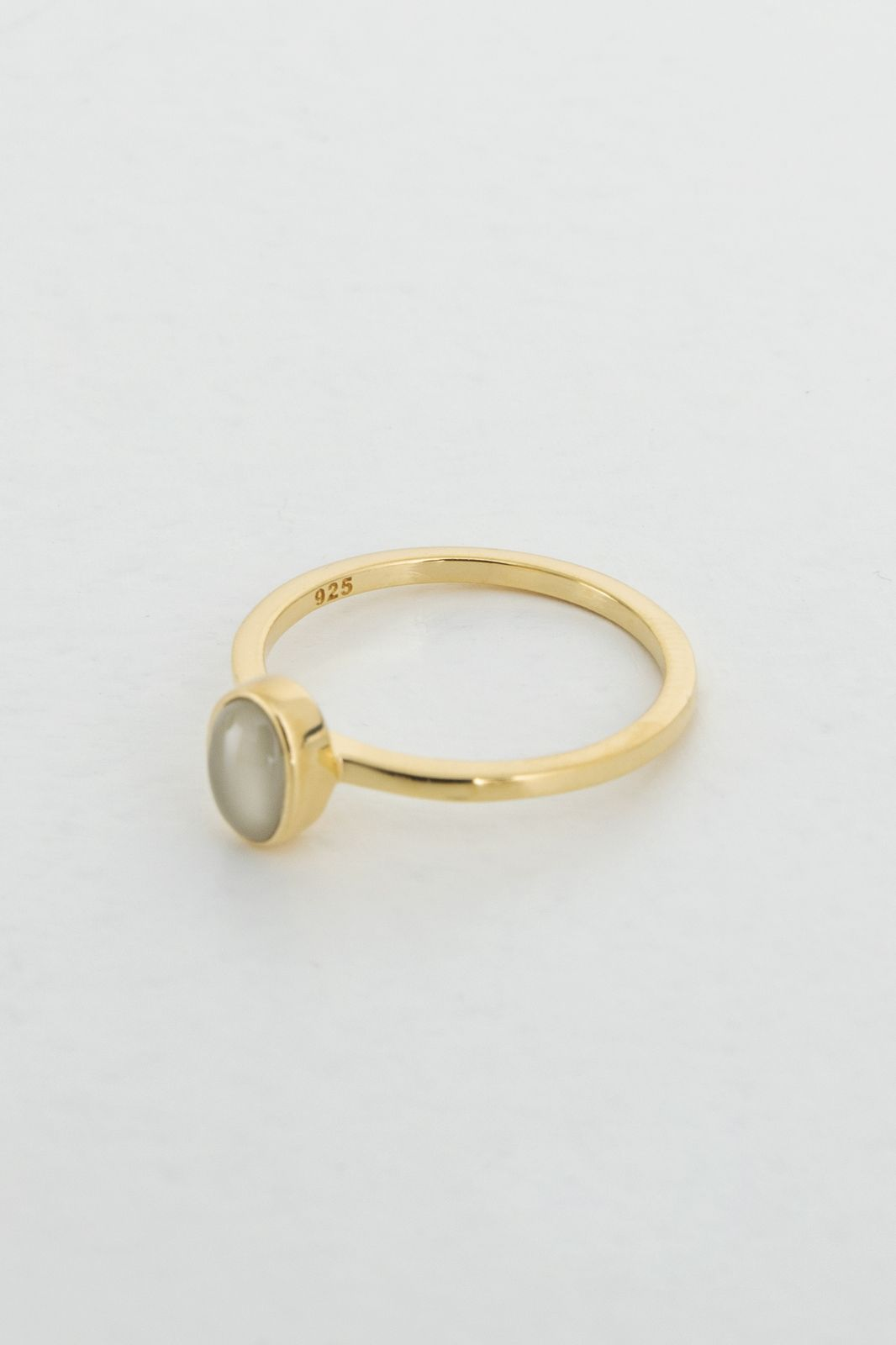 A Brend goldplated ring Ozur