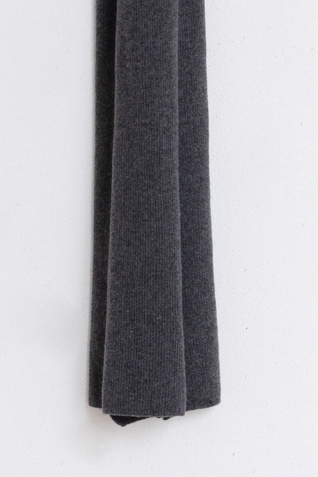 Bickley and Mitchell cashmere-merino sjaal donkergrijs - Heren | Sissy-Boy