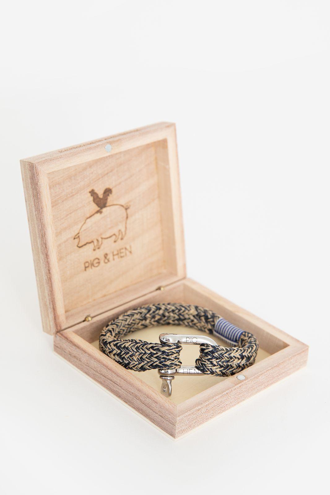 Pig & Hen Gorgeous George armband beige - Heren | Sissy-Boy