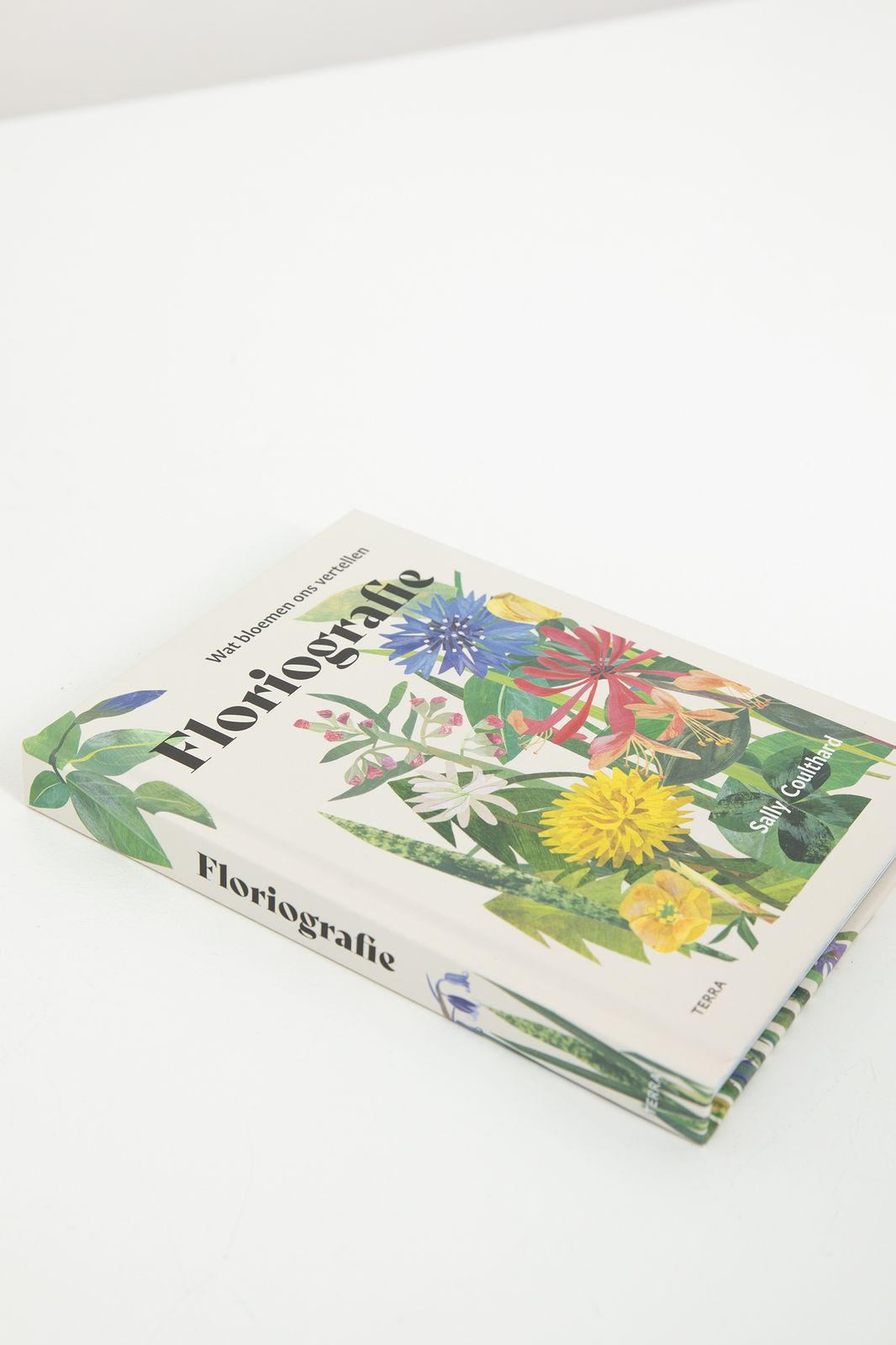 Boek Floriografie - Homeland | Sissy-Boy