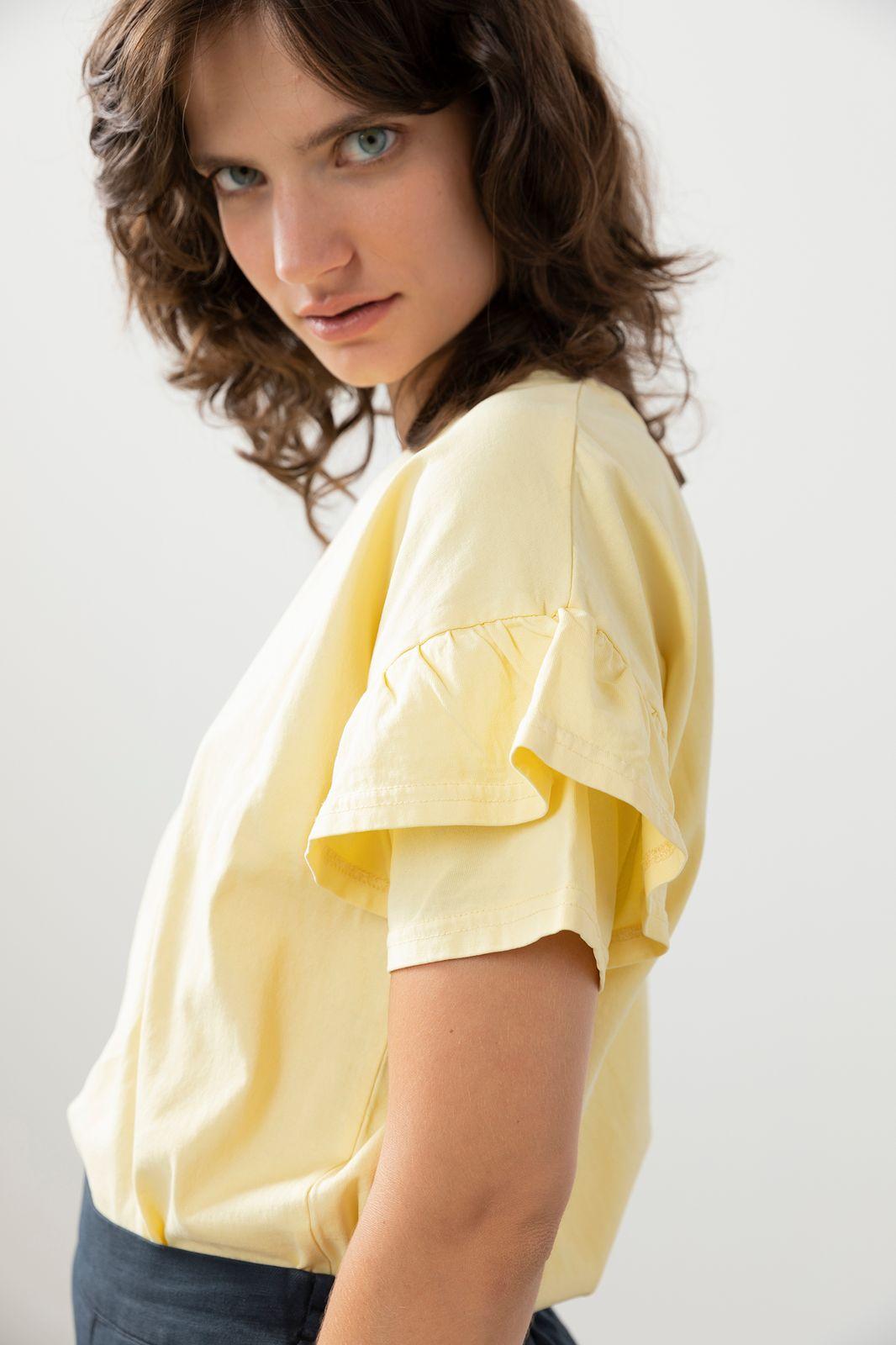 Lichtgeel t-shirt met ruffle