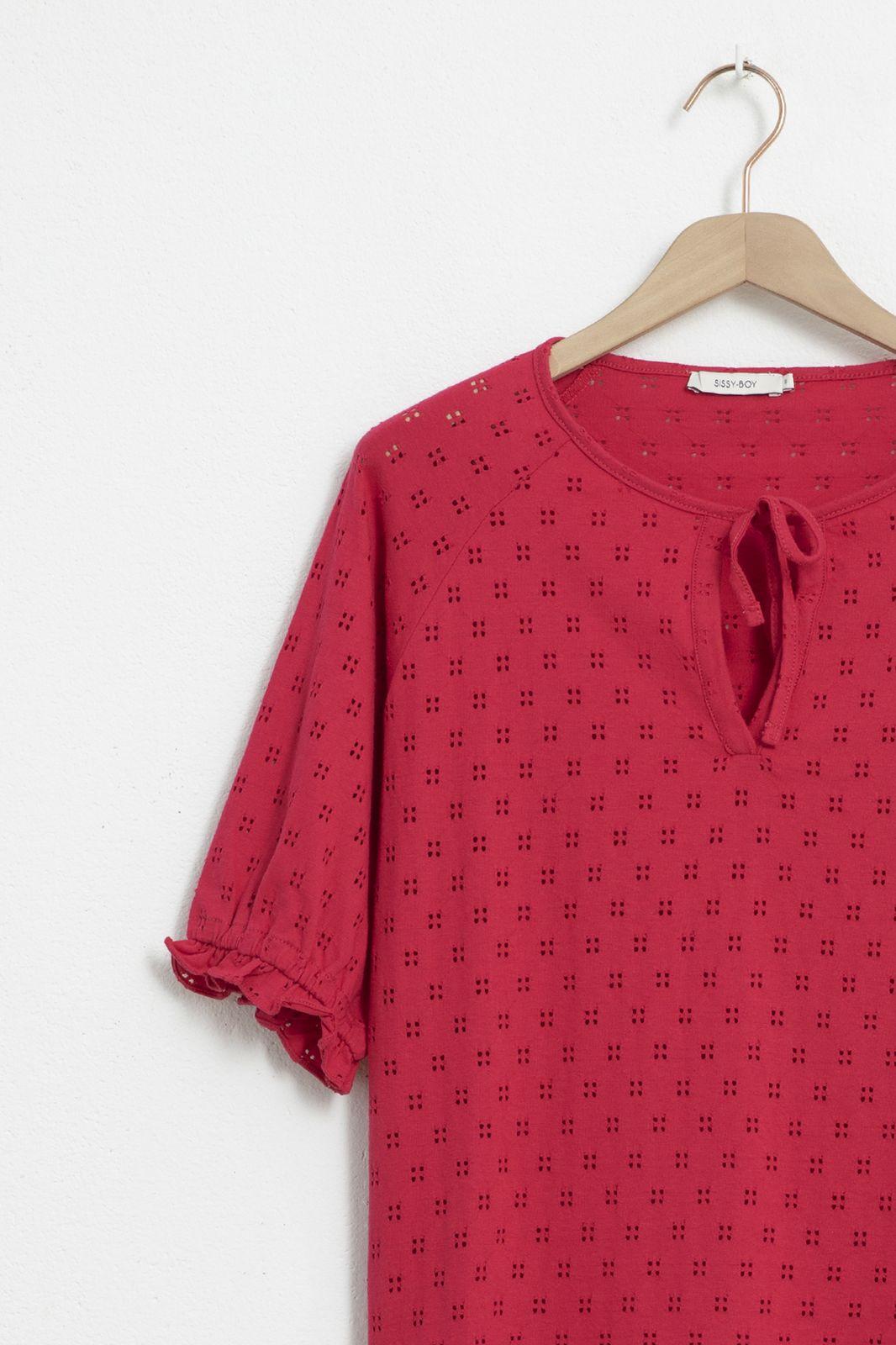 Roze ajour T-shirt met pofmouwen