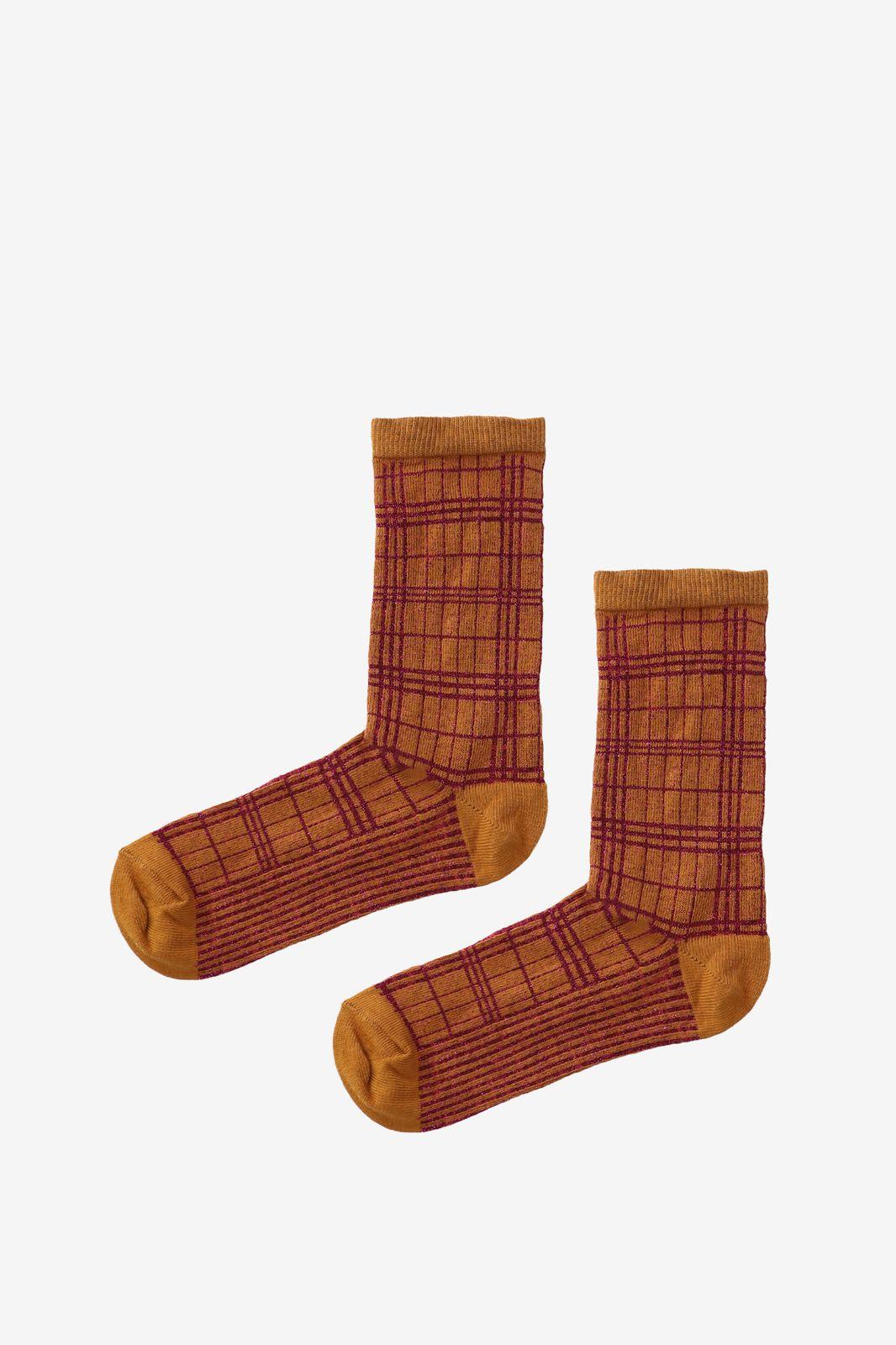 Oranje sokken met paars lurex detail