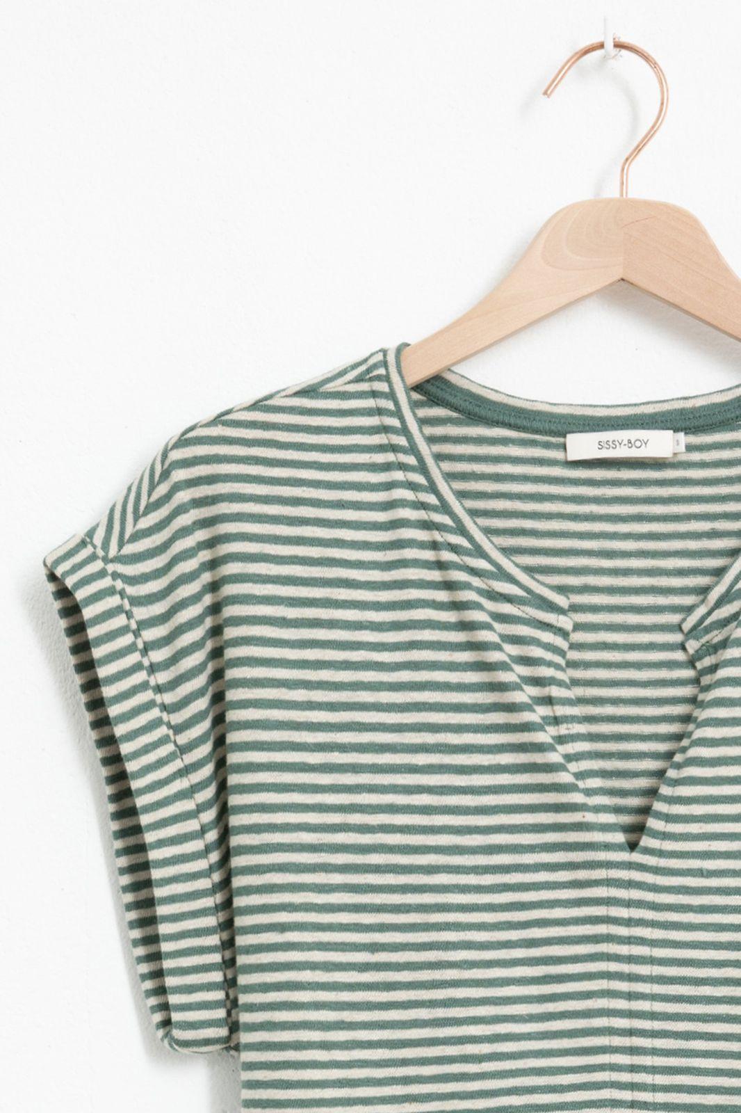 Groen T-shirt gestreept