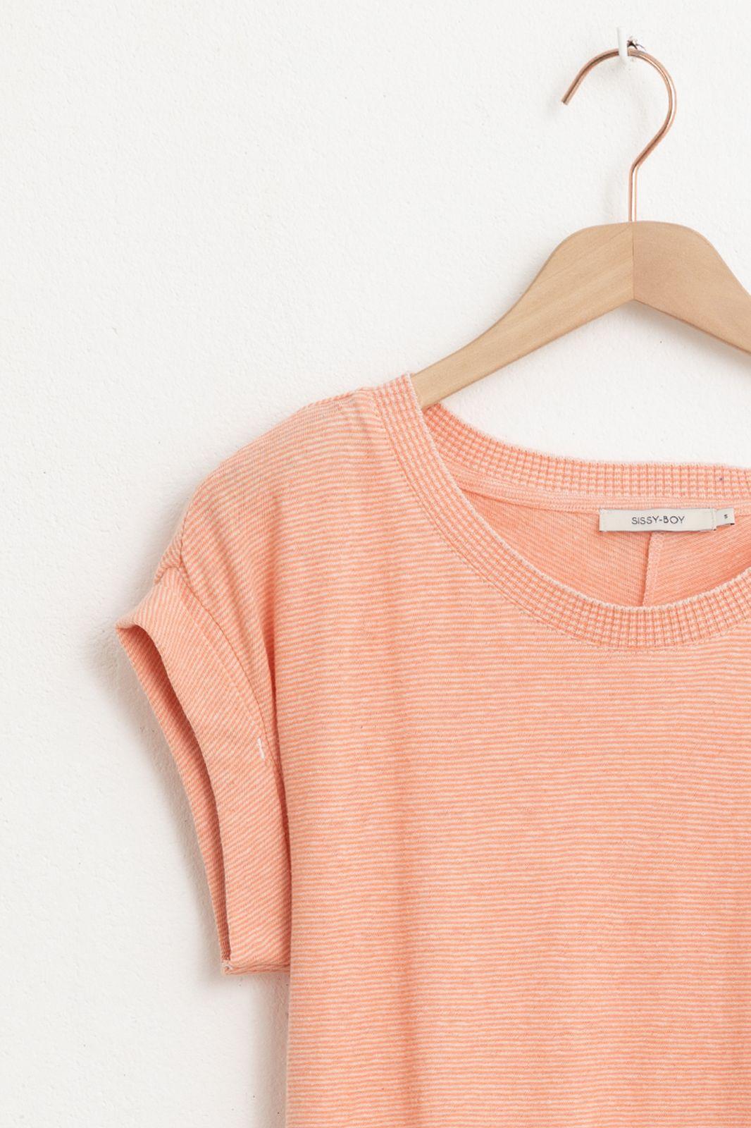 Lichtroze T-shirt gestreept