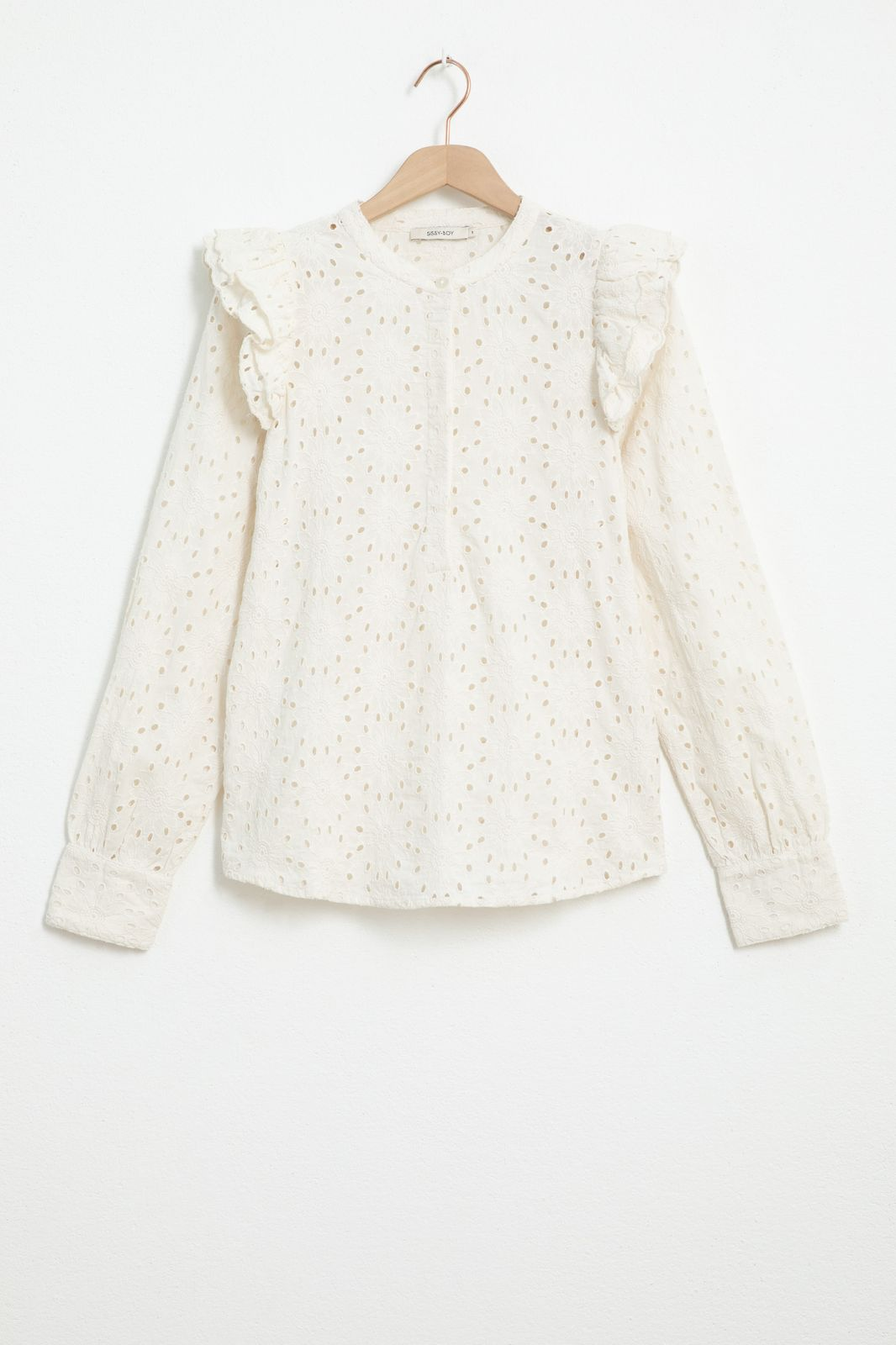 Ecru broderie anglaise blouse met ruffle details - Dames   Sissy-Boy