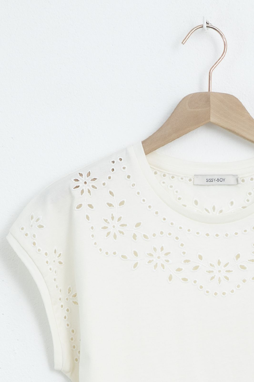 Wit broderie anglaise t-shirt - Dames | Sissy-Boy
