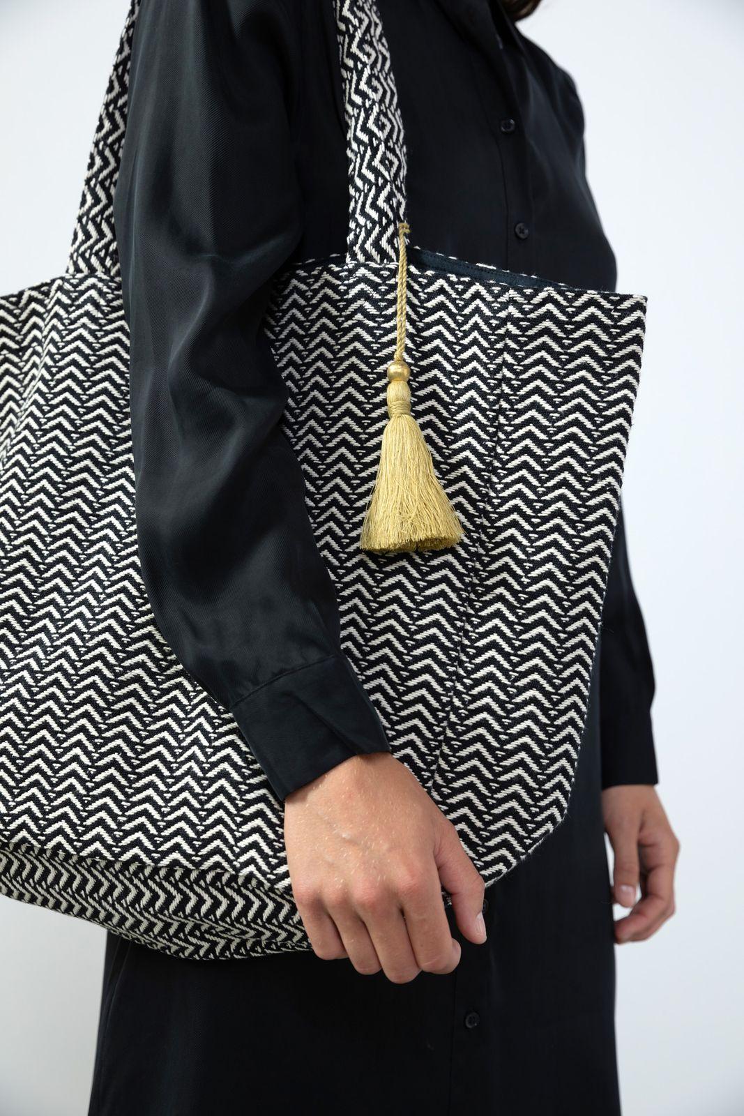 Zwart/witte strandtas met tassle