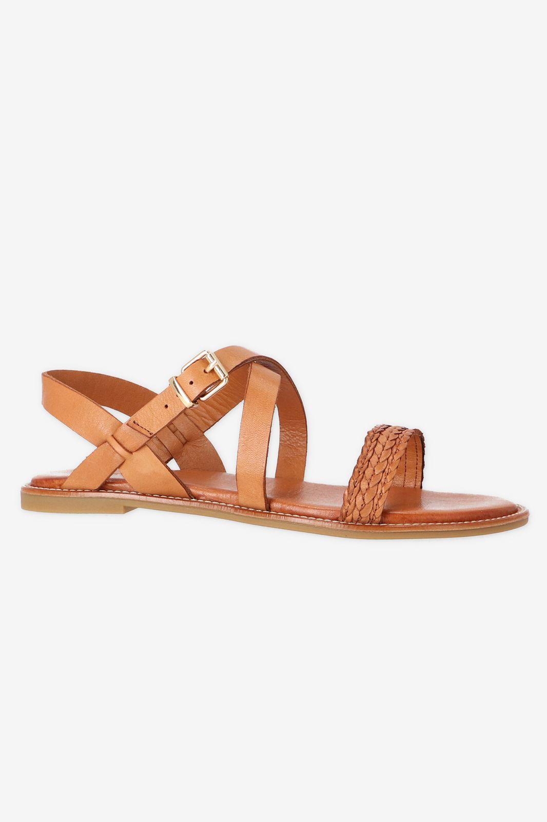 Cognac sandaal met gevlochten bandje