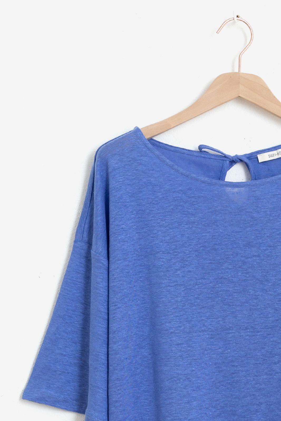 Blauw linnen T-shirt met driekwart mouwen