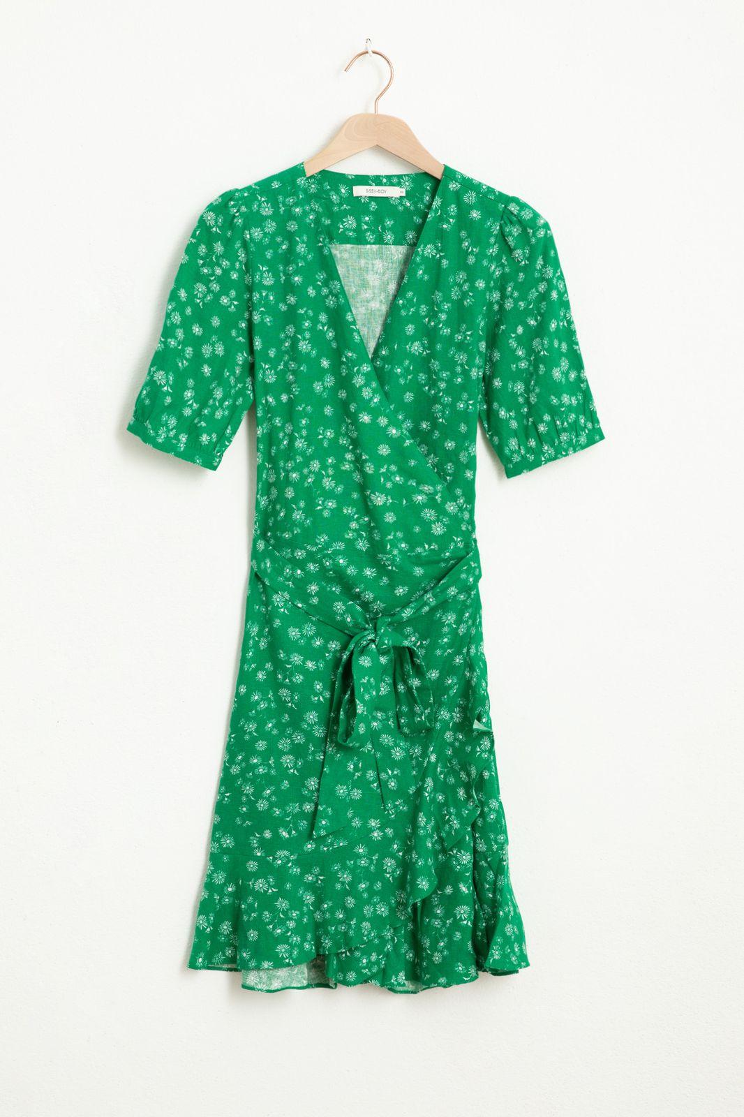 Groene wikkel jurk met all over bloemenprint