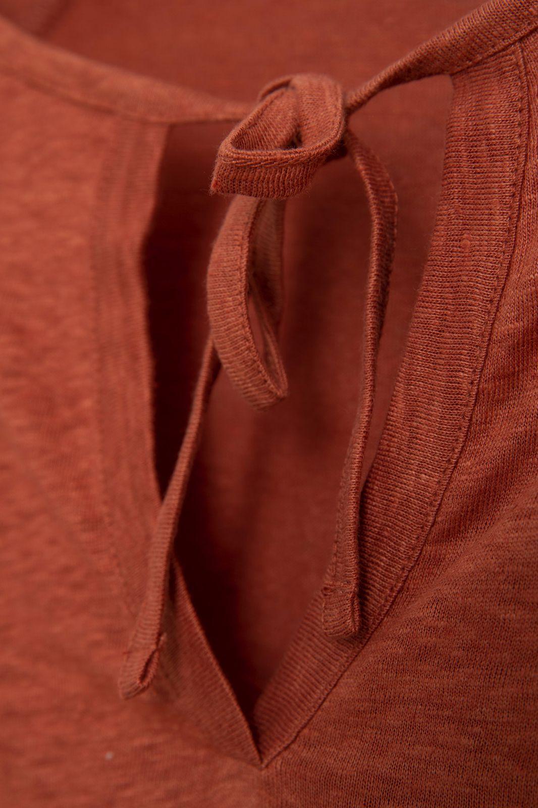 Rood linnen T-shirt met pofmouwen