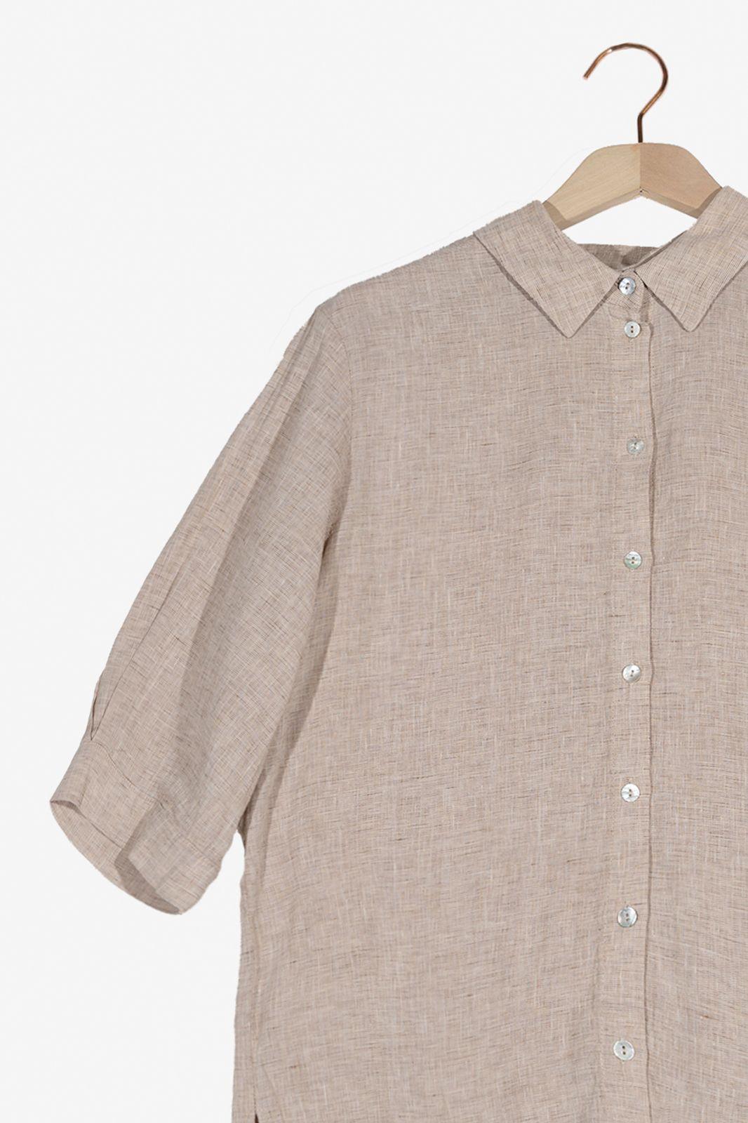 Almond blouse met korte mouwen