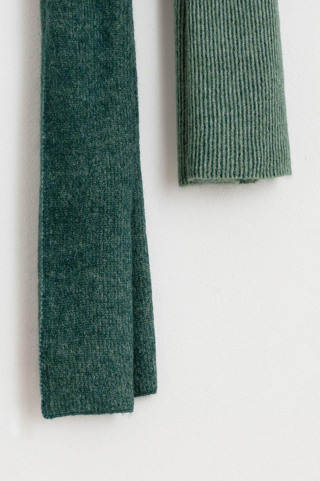 Groene wintersjaal duotone