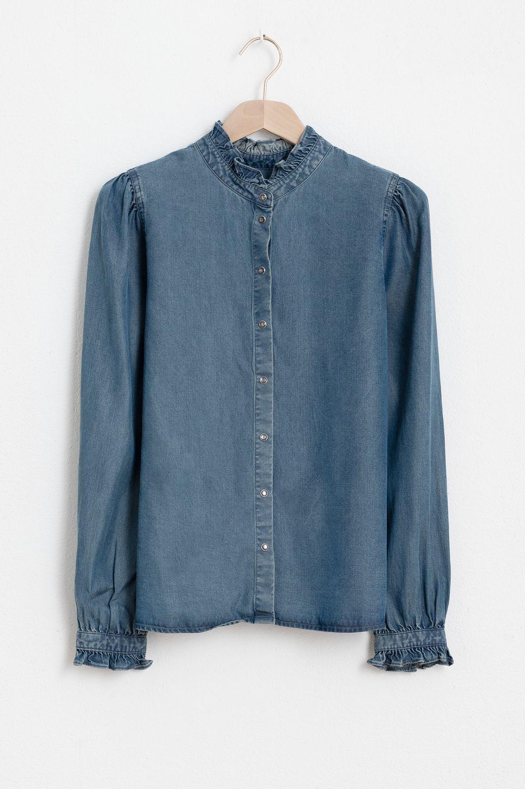 Denim look blouse met ruffle details - Dames   Sissy-Boy