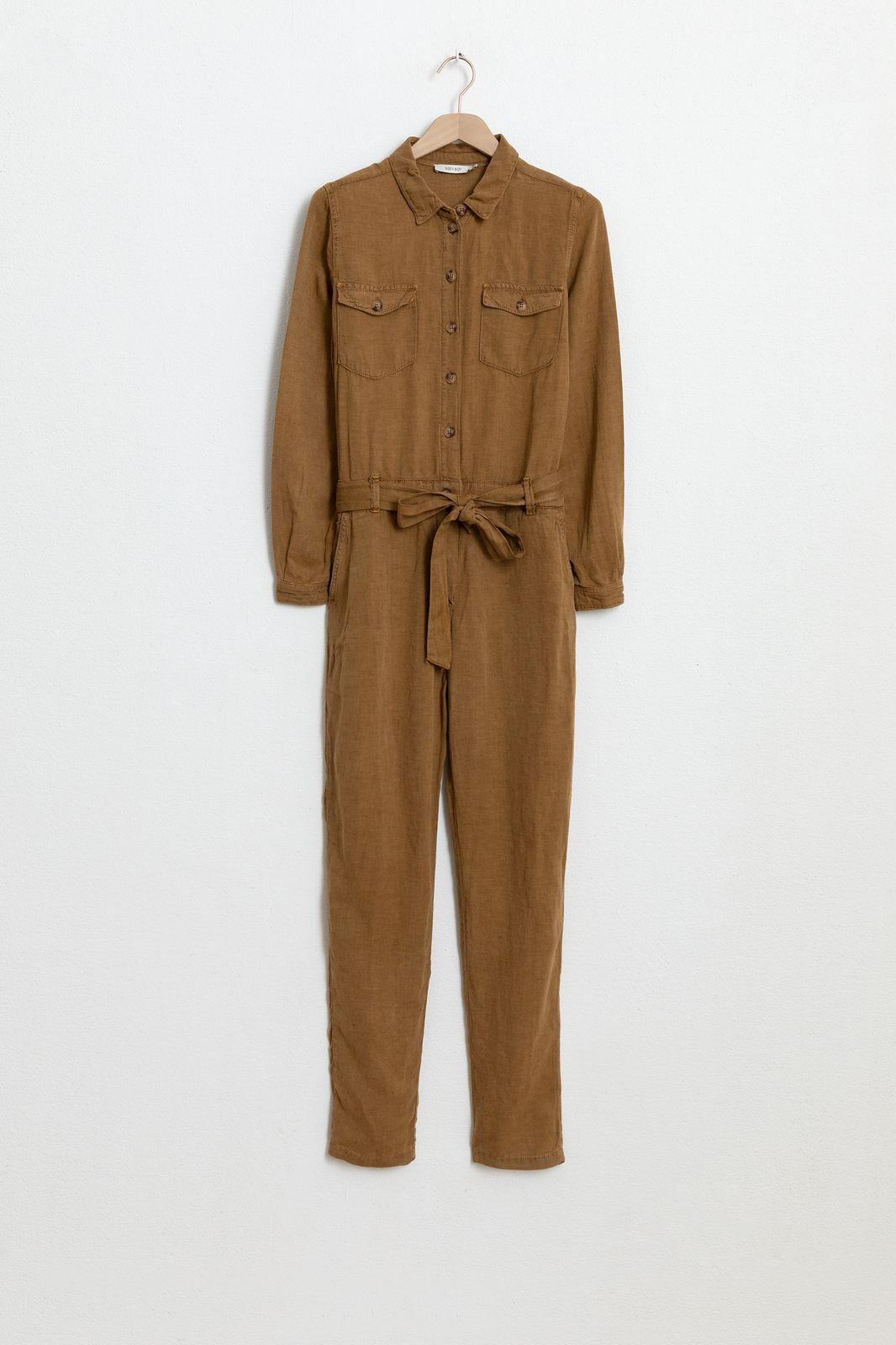 Bruine garment dye jumpsuit