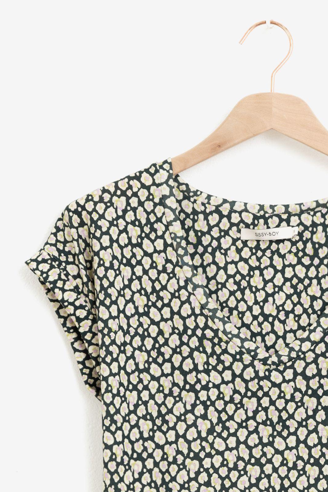 Multicolor T-shirt met All over leopard print