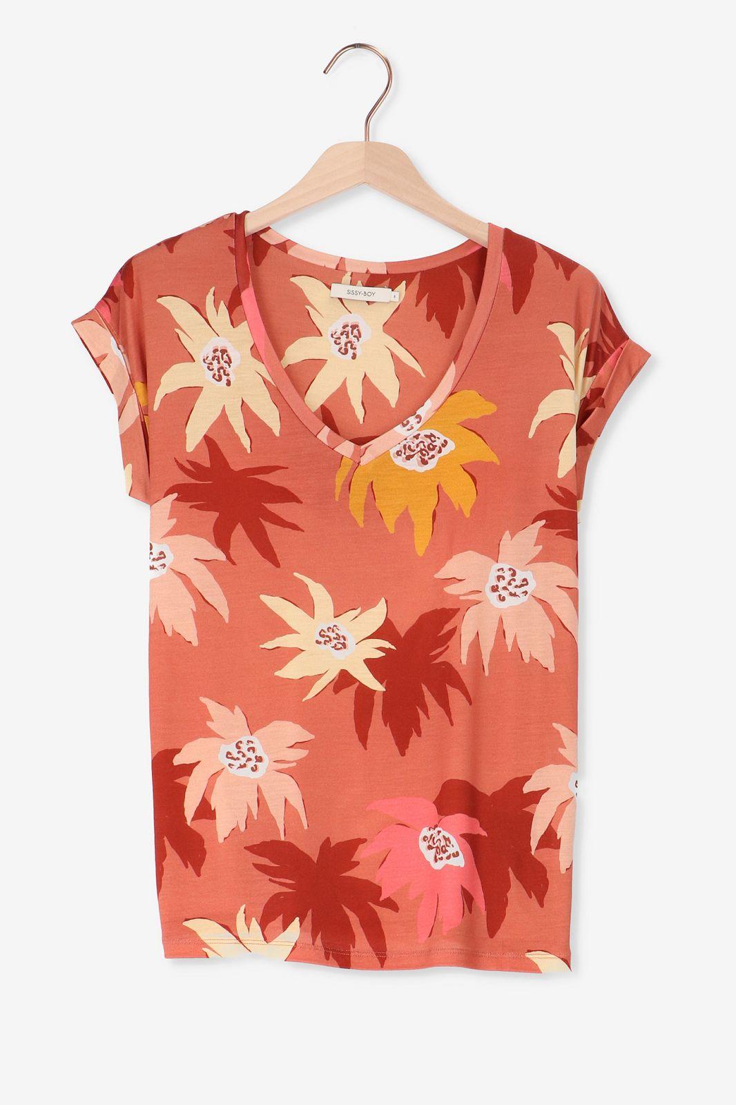 Rood t-shirt met bloemenprint