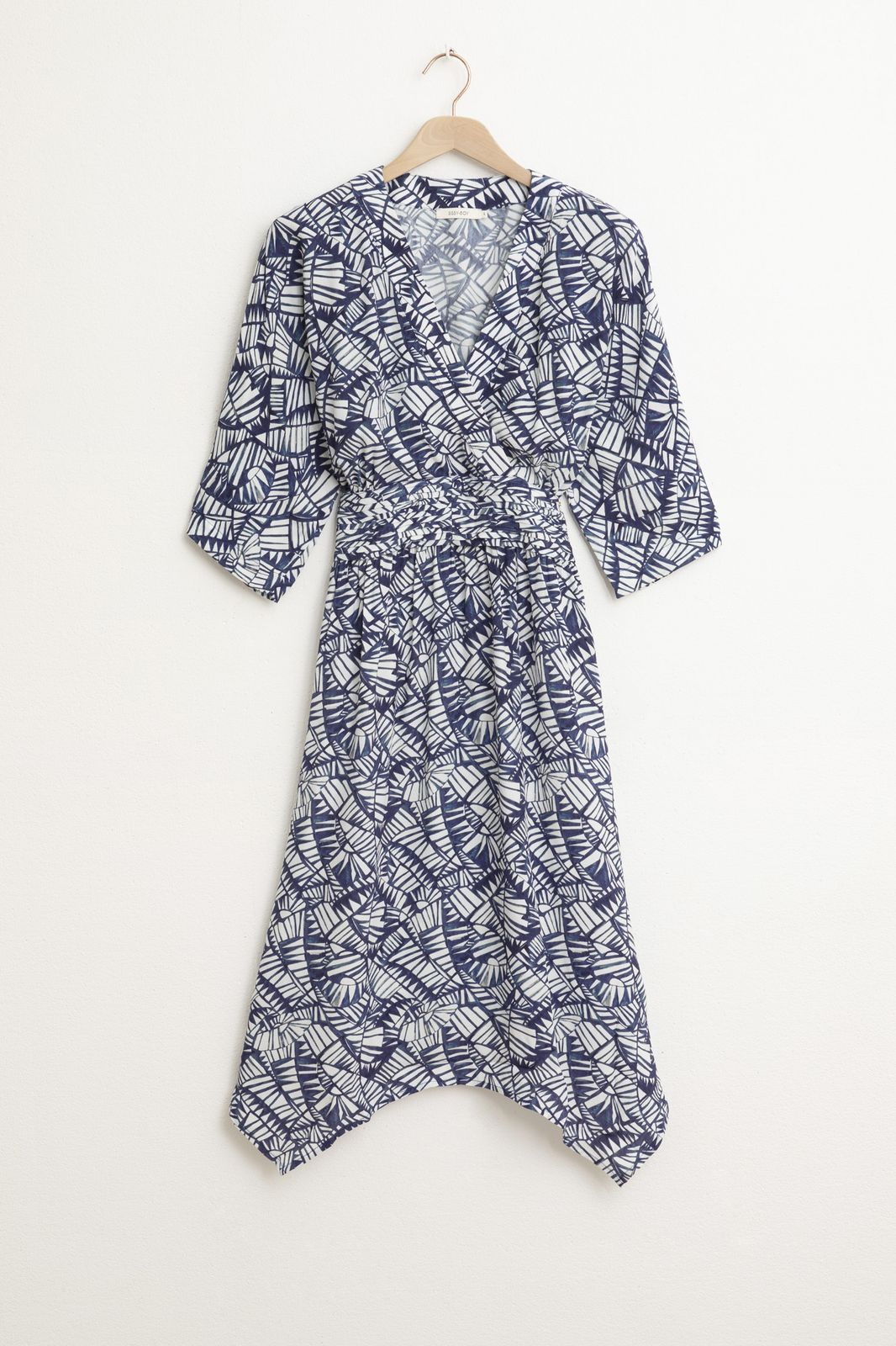 Donkerblauwe kimono jurk met all over print