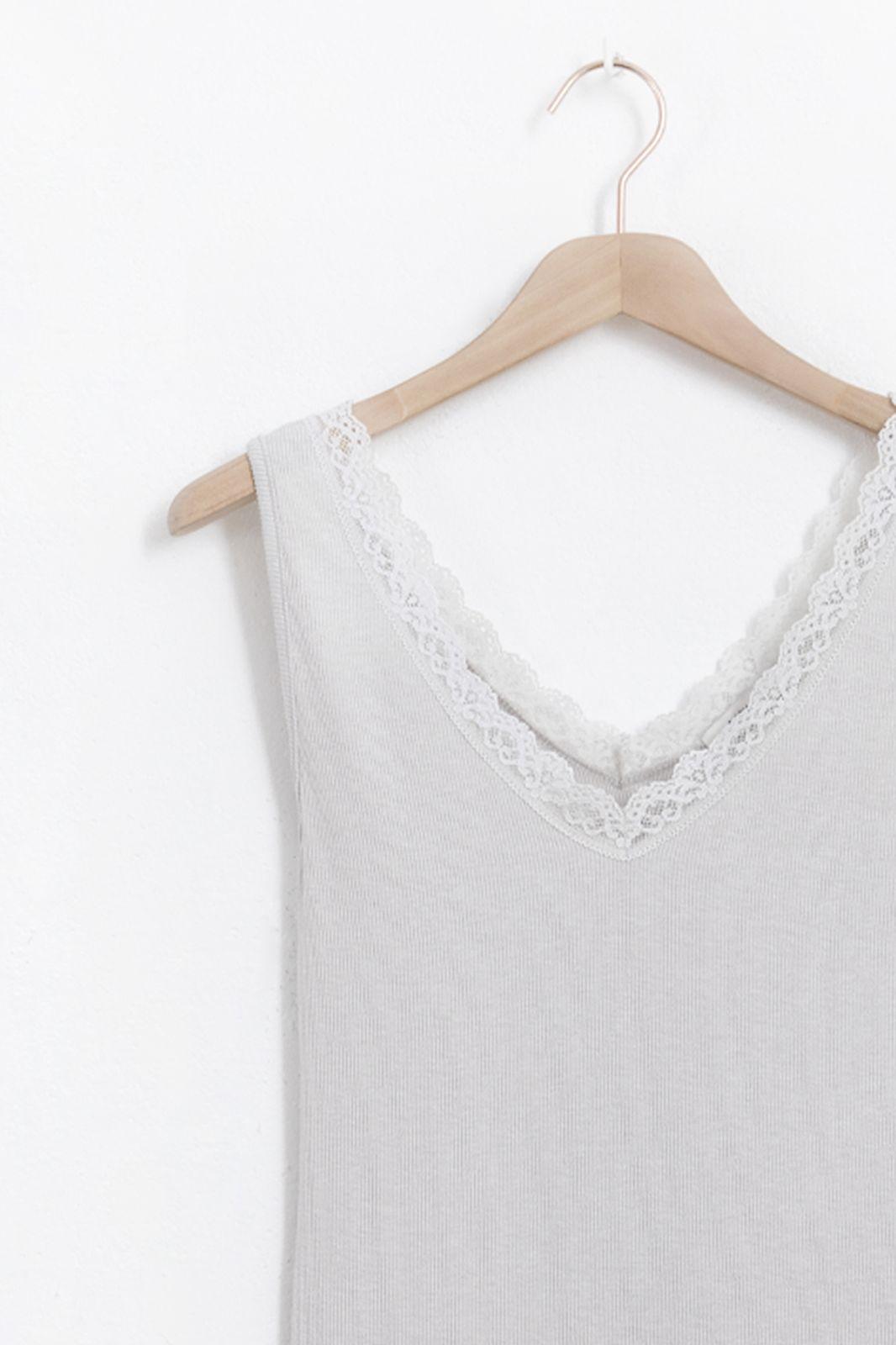 Grijze rib singlet met kanten details - Dames | Sissy-Boy