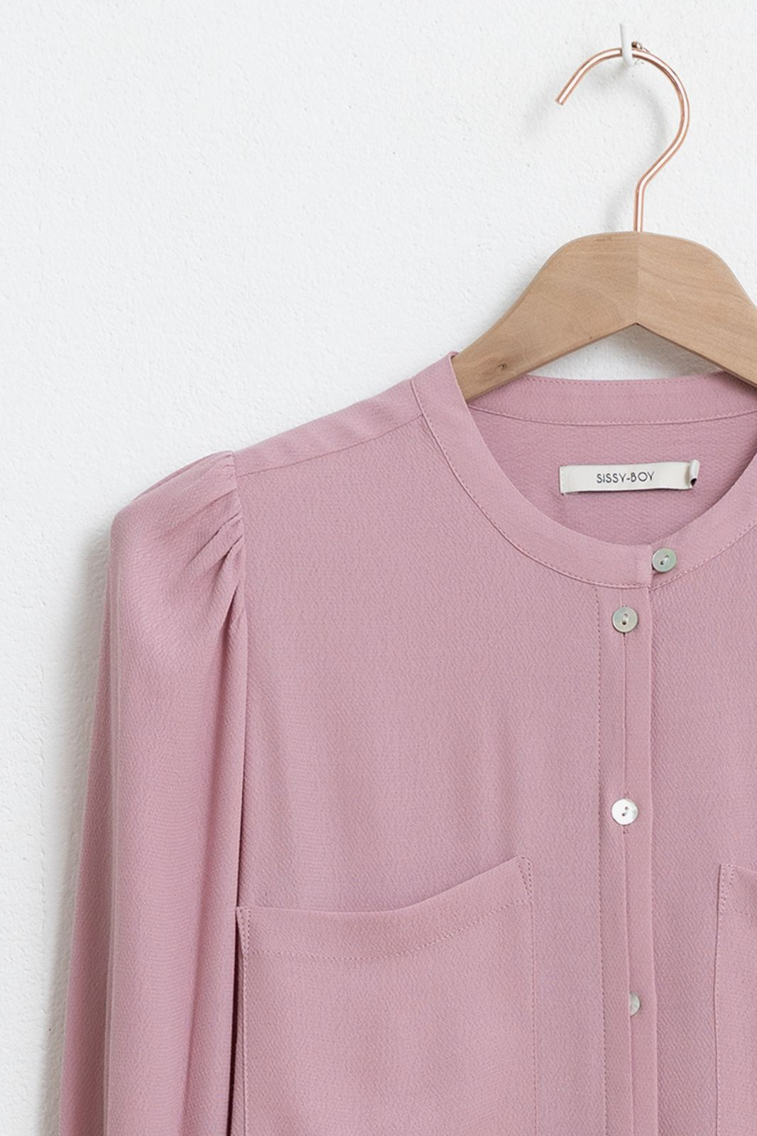 Lila blouse met ballonmouwen