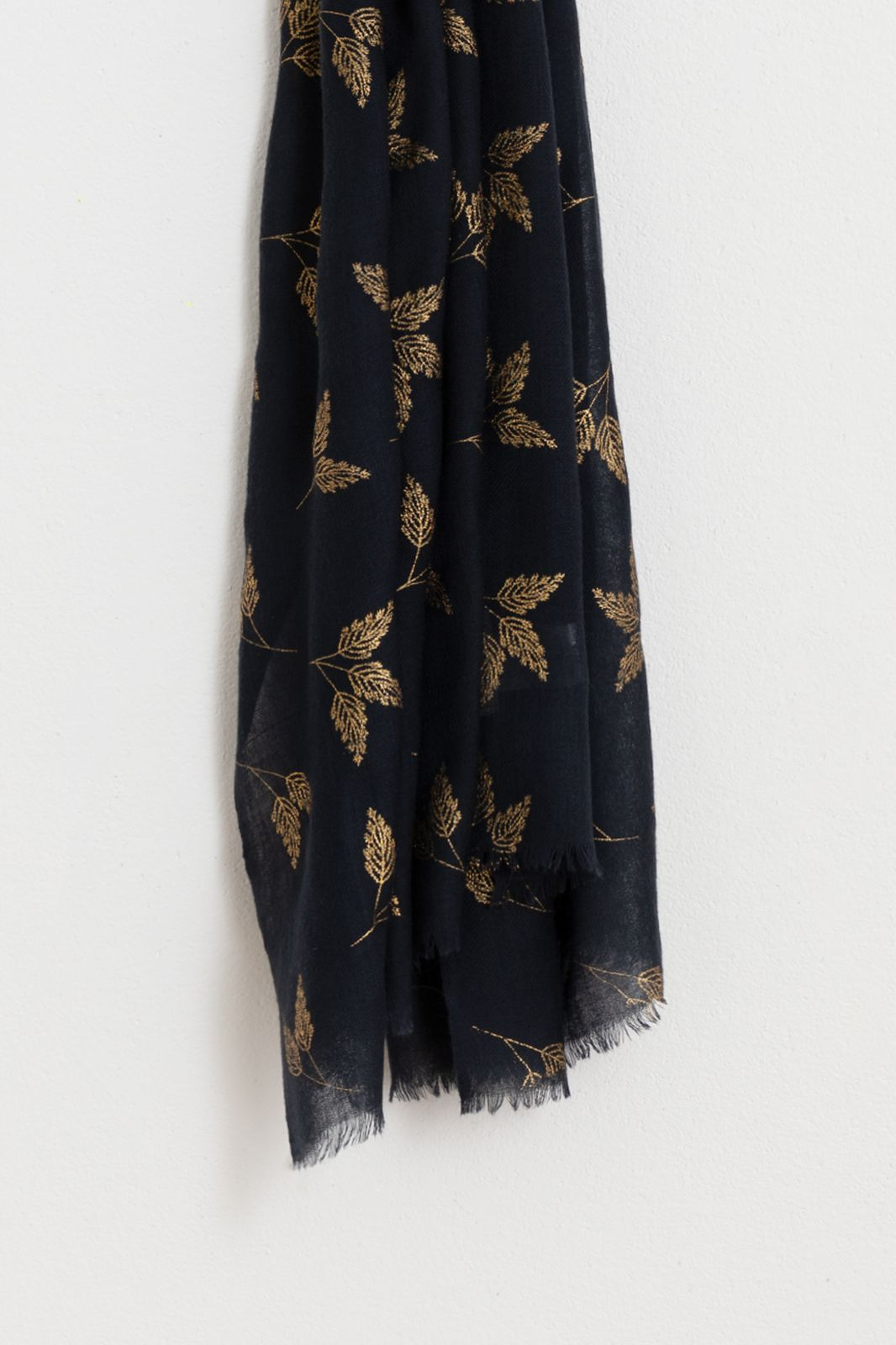 Wollen sjaal met gouden foil print - Dames | Sissy-Boy