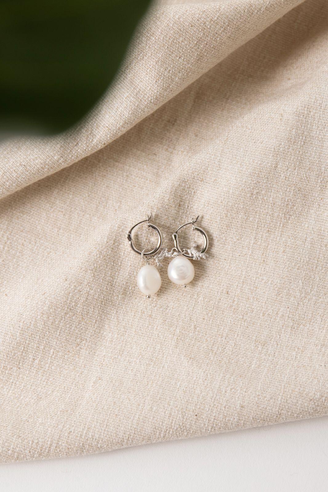 Zilveren oorbellen met koraal en parel - Dames | Sissy-Boy