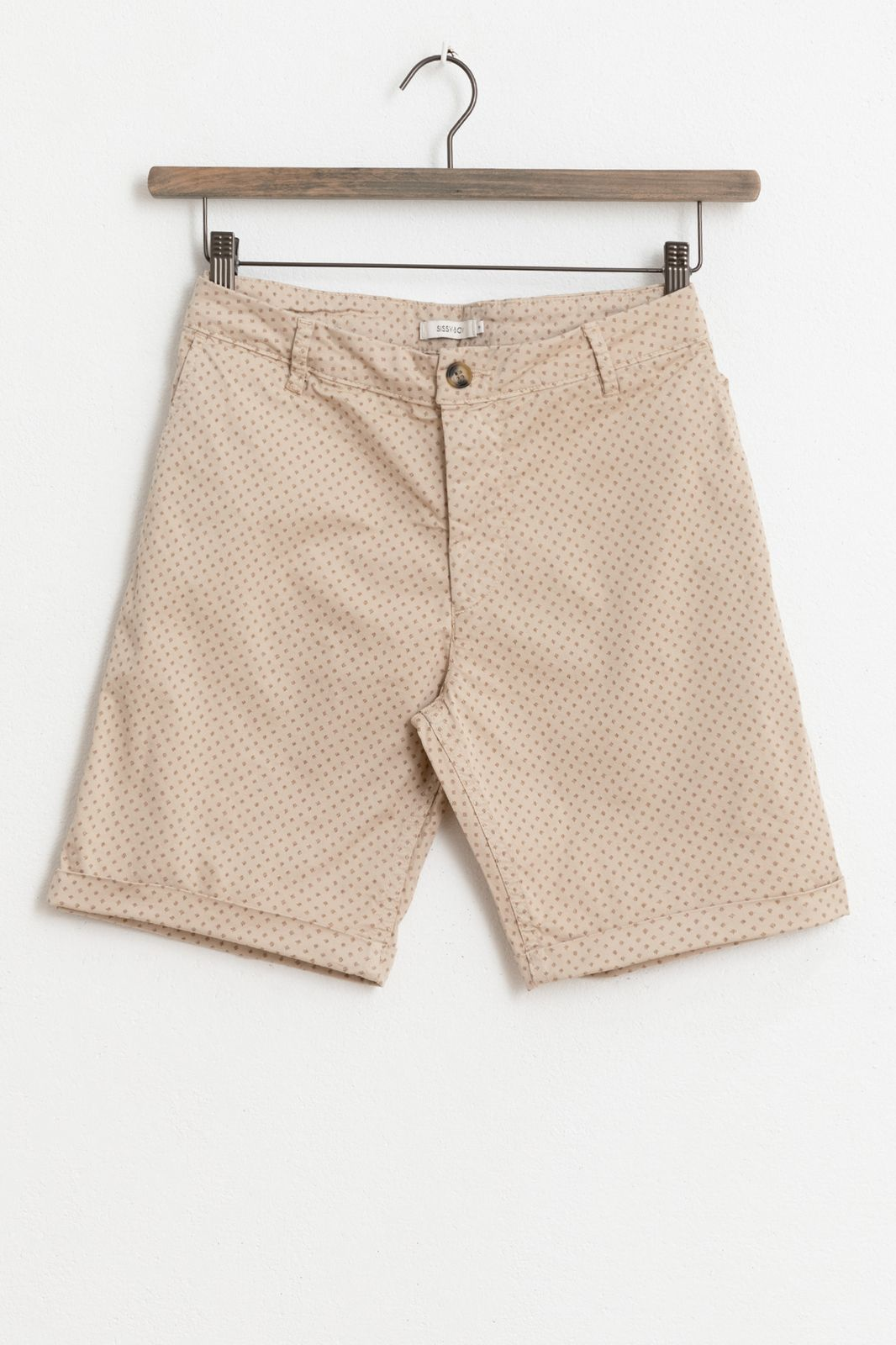 Beige chino shorts met all over print
