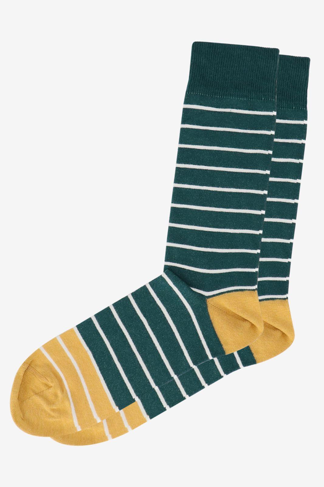 Groene sok met streep