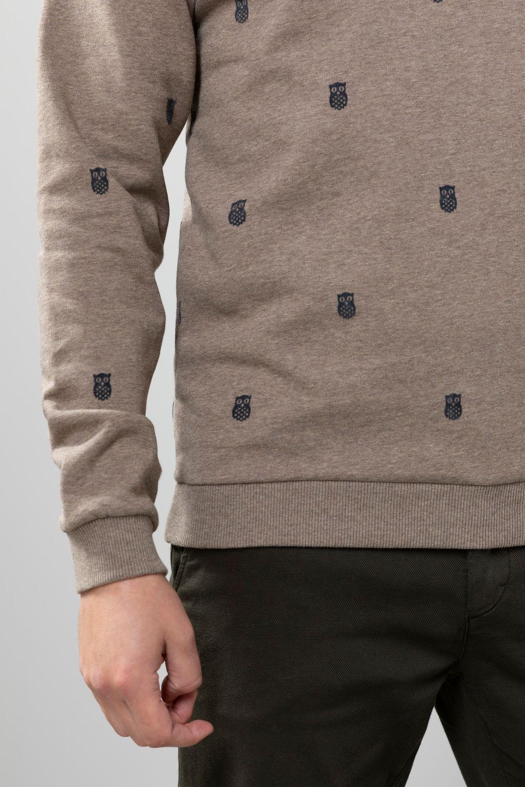 Lichtbruine sweater met all over print