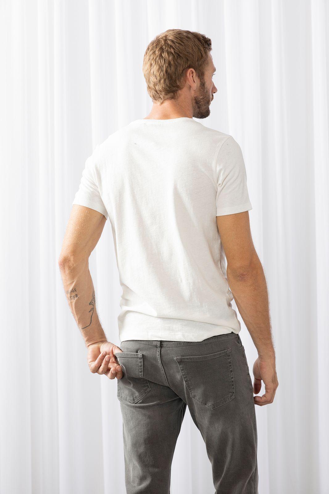 Wit t-shirt met golf