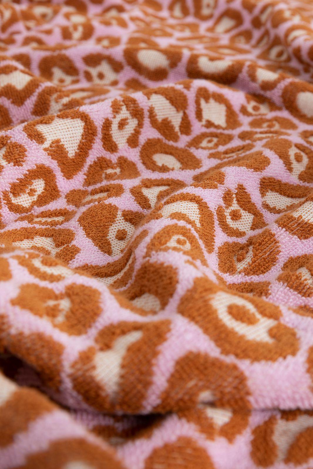 Handdoek lila met panterprint - Homeland   Sissy-Boy