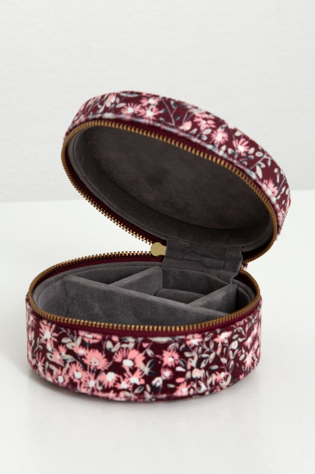 Paarse mini beauty case met bloemenprint