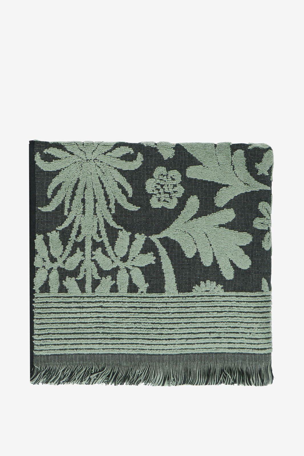 Groene handdoek met bloemenprint