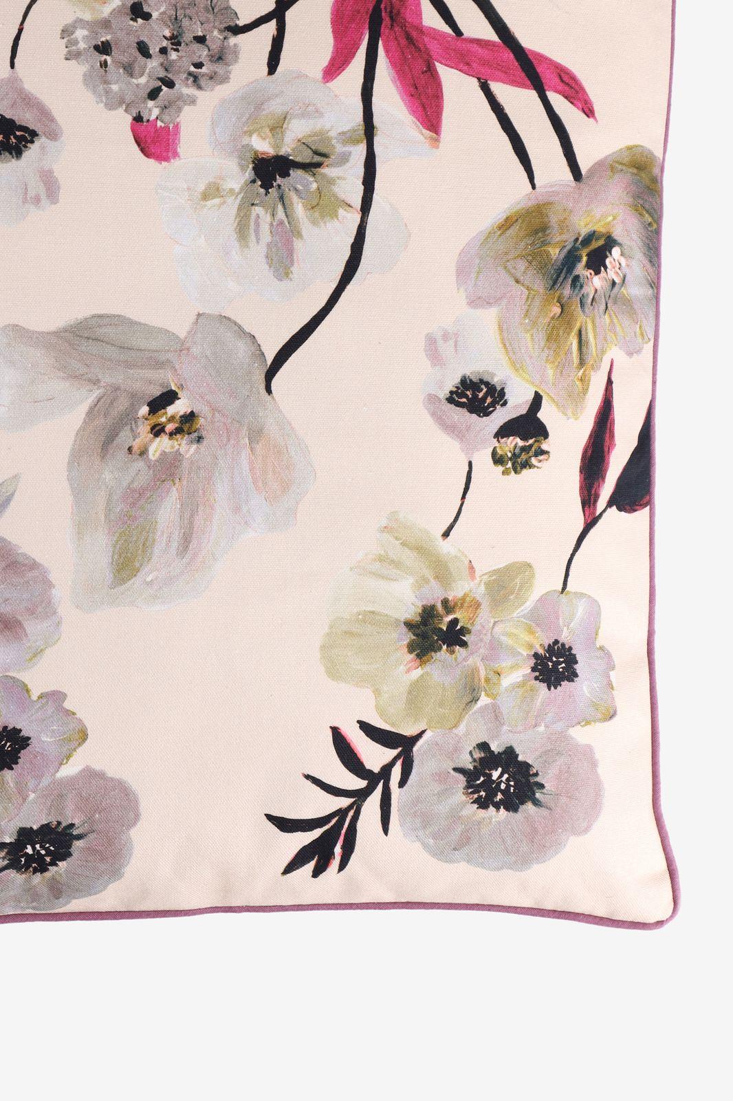 Multicolor sierkussen floral drama - Homeland | Sissy-Boy