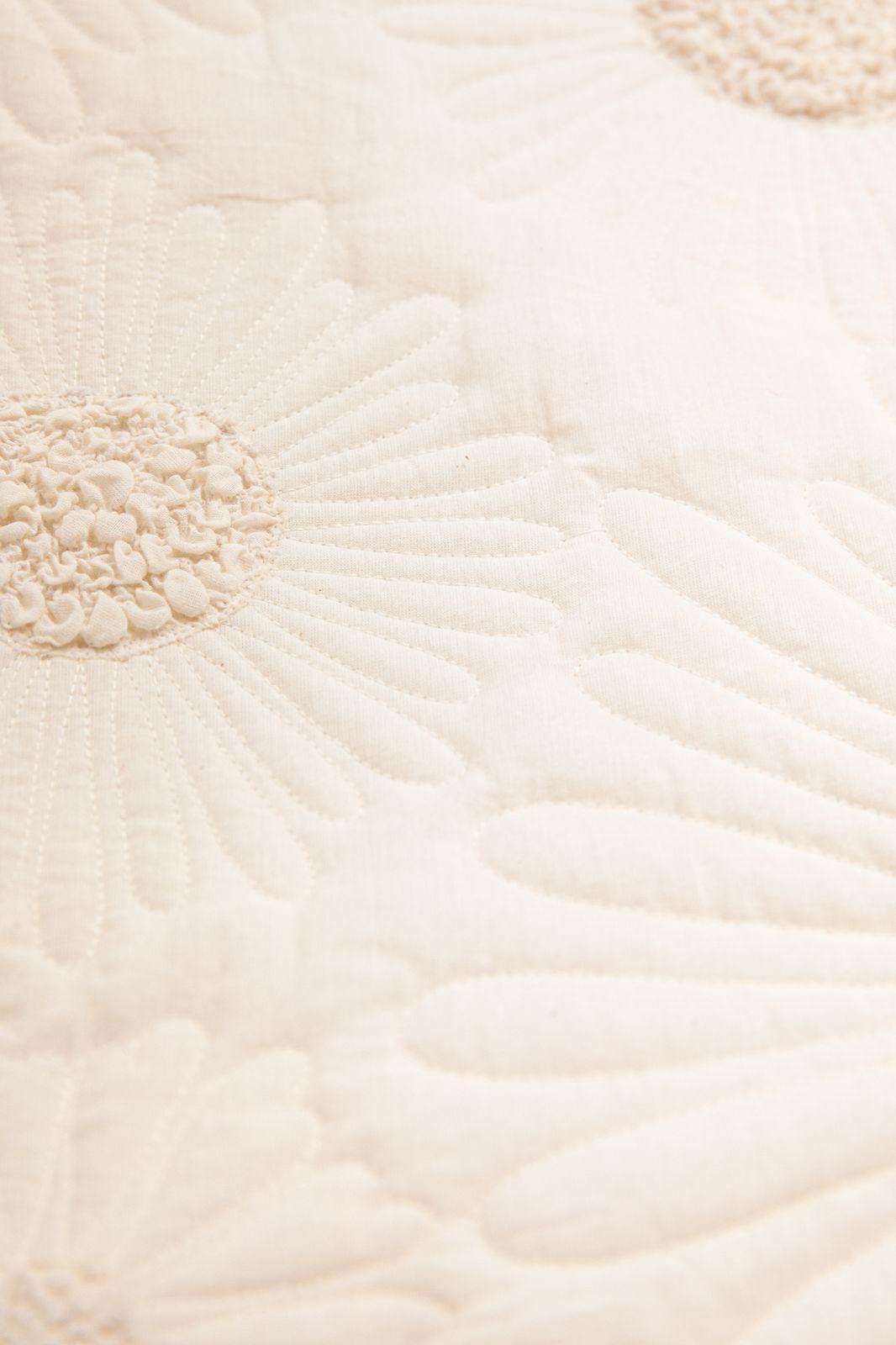 Witte sprei met bloemen design - Homeland | Sissy-Boy