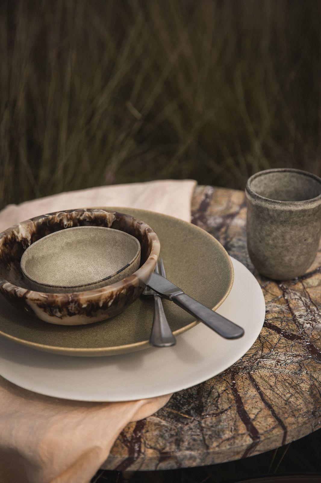 Witte stoneware mok foresta