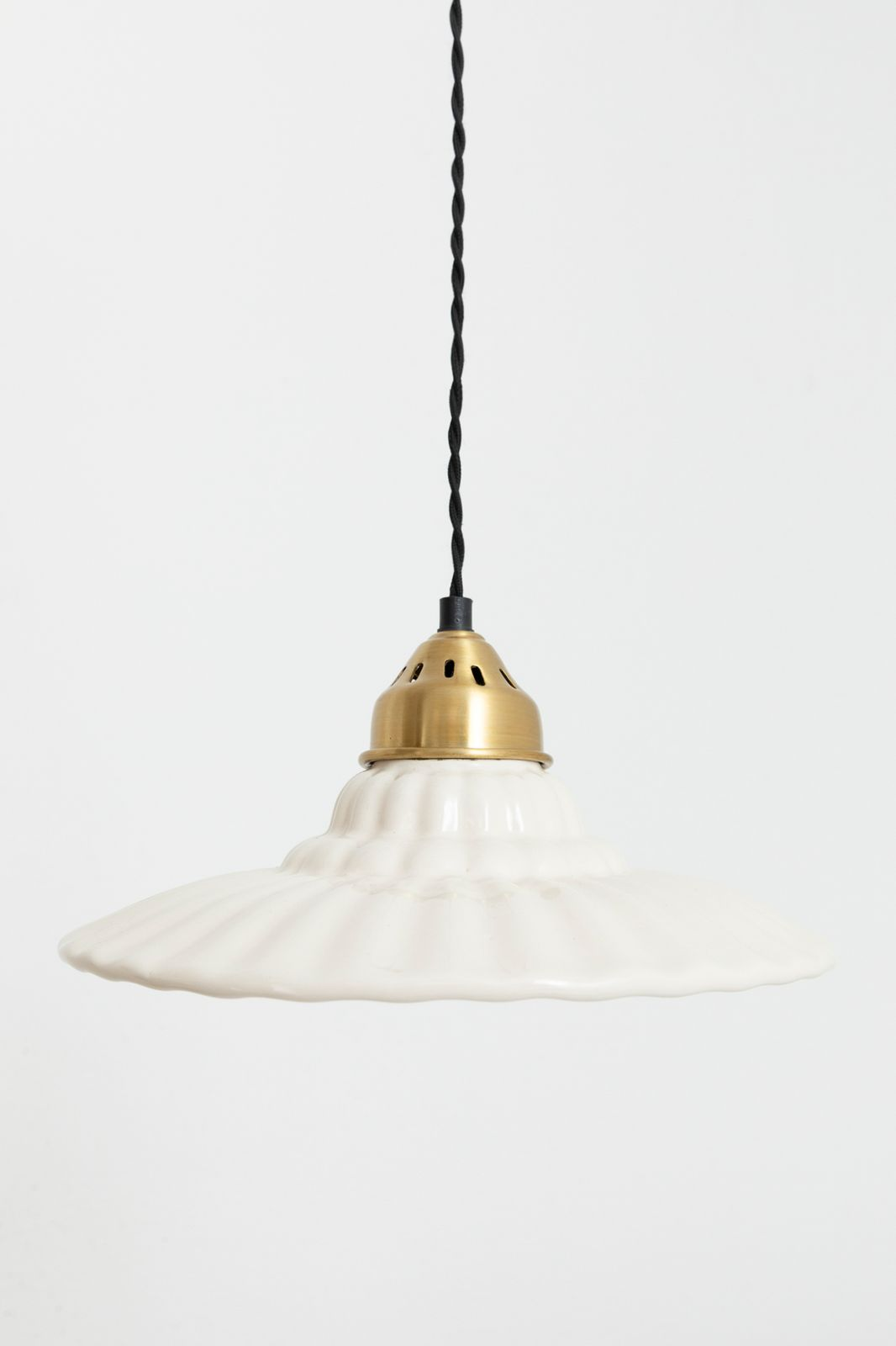 Witte keramieken hanglamp