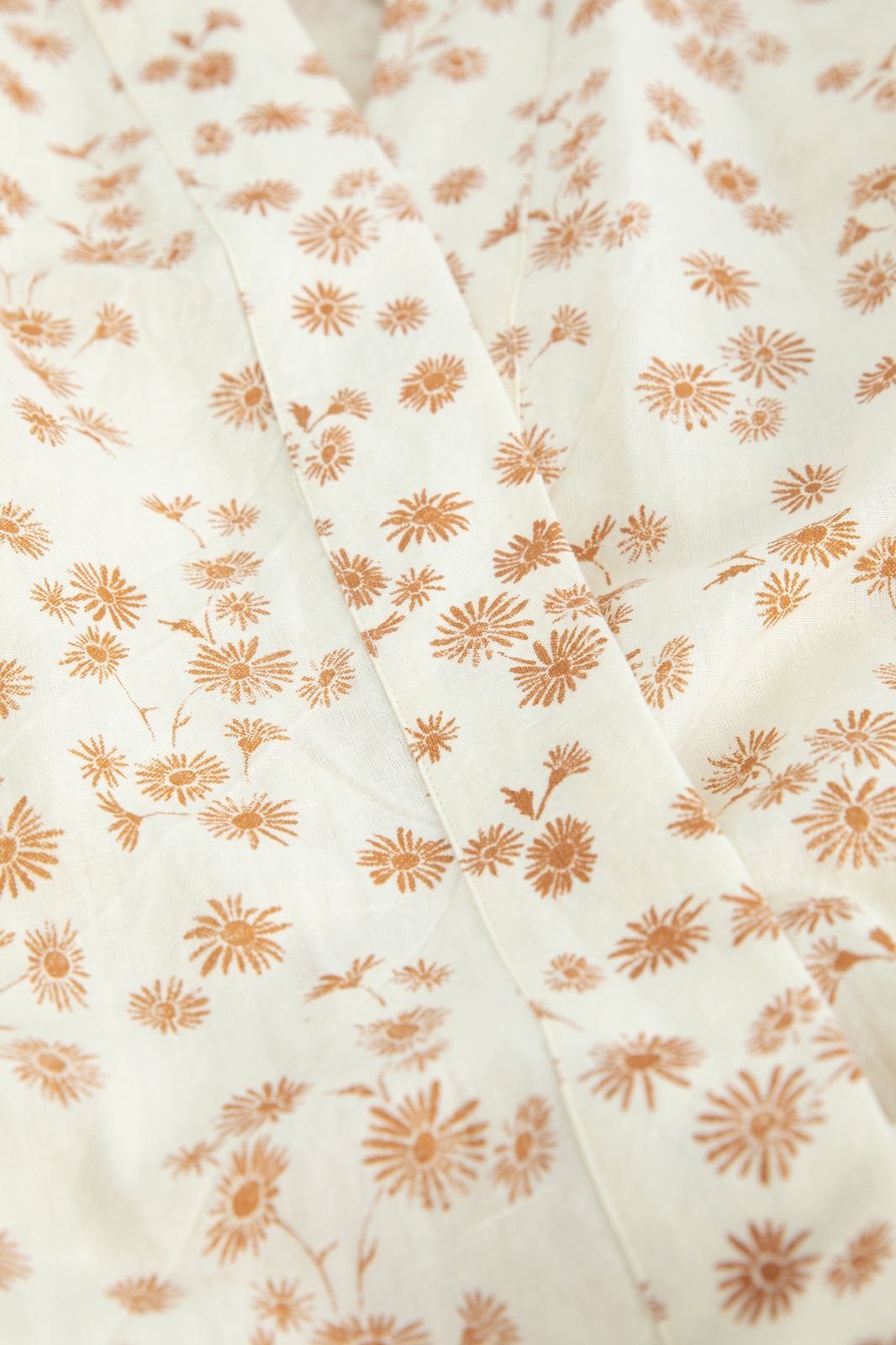 Ecru linnen badjas met all over bloemenprint - Homeland   Sissy-Boy