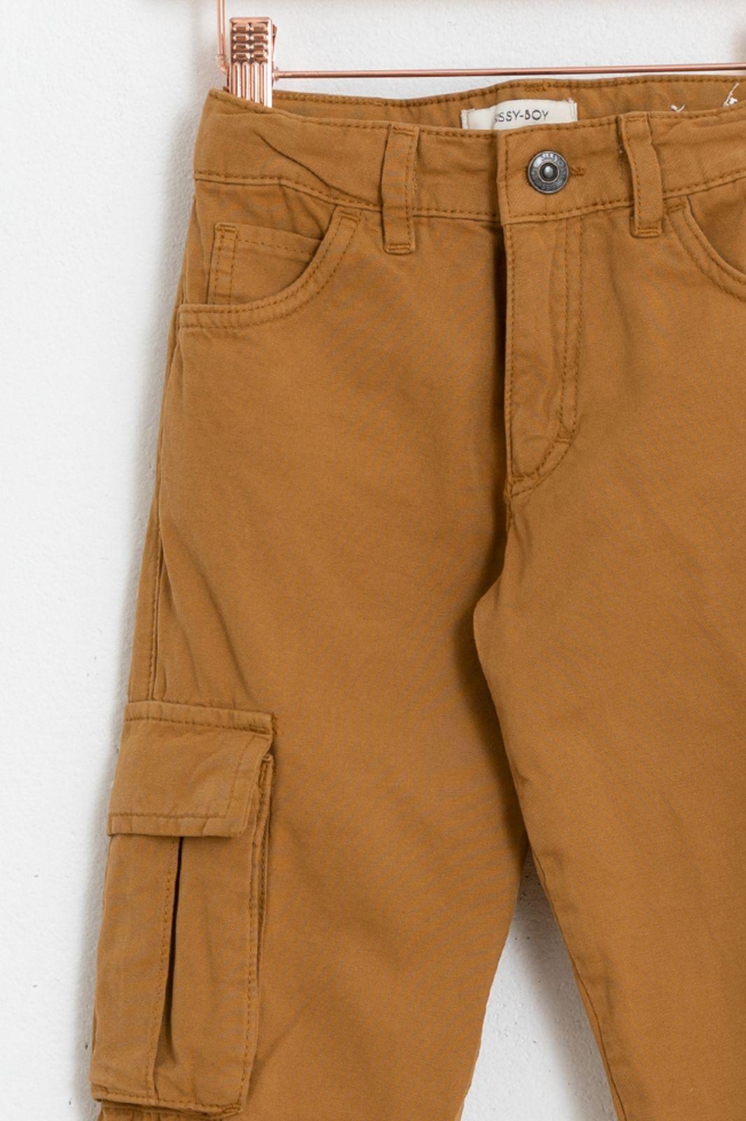 Bruine broek met opgestikte zakken