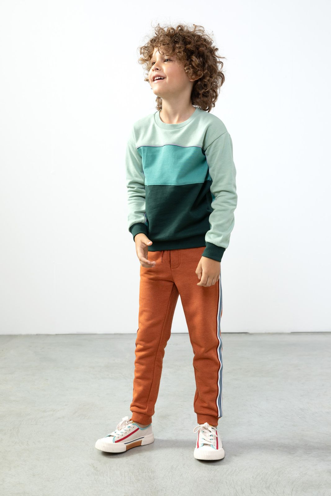 Groene colorblock sweater