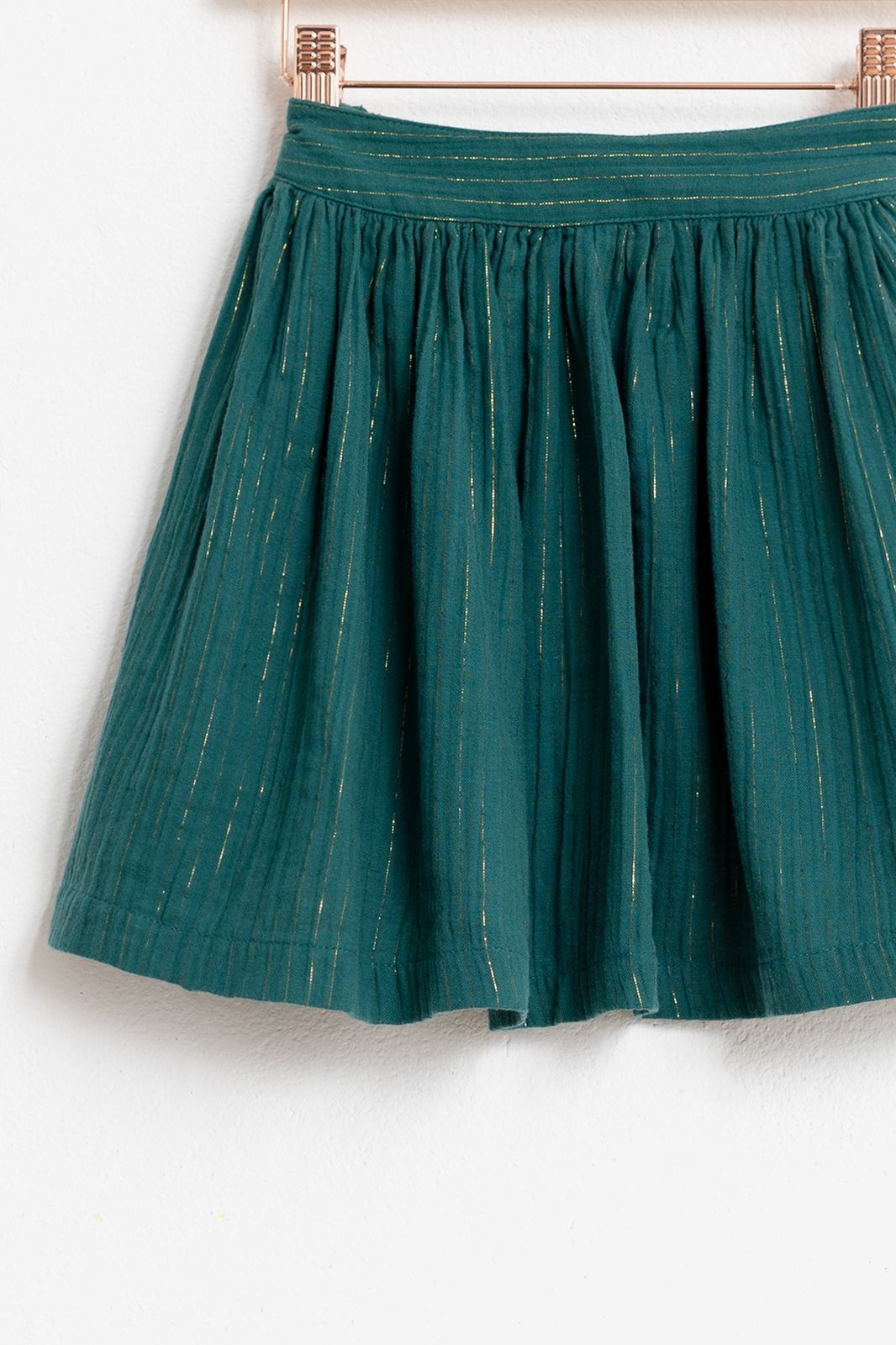 Donkergroene rok met gouden lurex streep