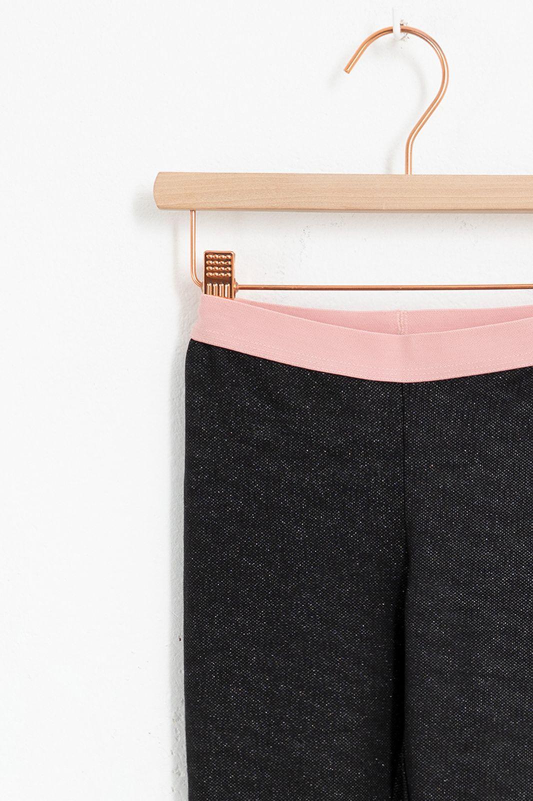 Zwarte glitter legging met roze elastische tailleband